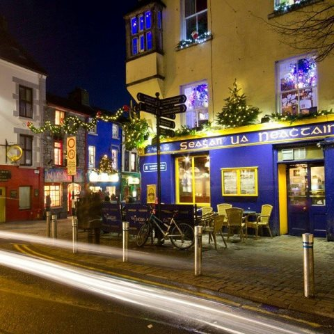 web Galway Tigh Neachtain claus hebor